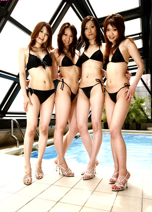 Japanese Race Queens Smoldering Sexy Beauty