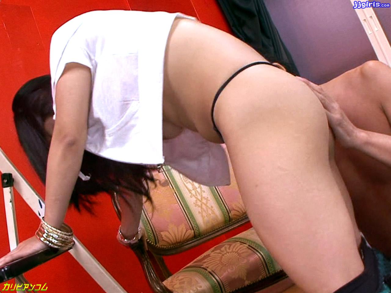 Elegant Asian Chick Nana Kunimi Shows Off