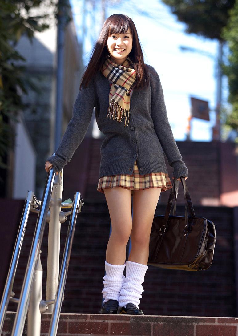 девушки в японских юбках этот ролик