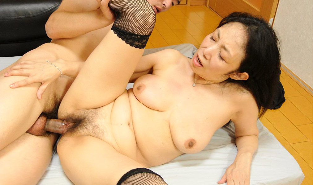 Wife threesome gangbang creampie