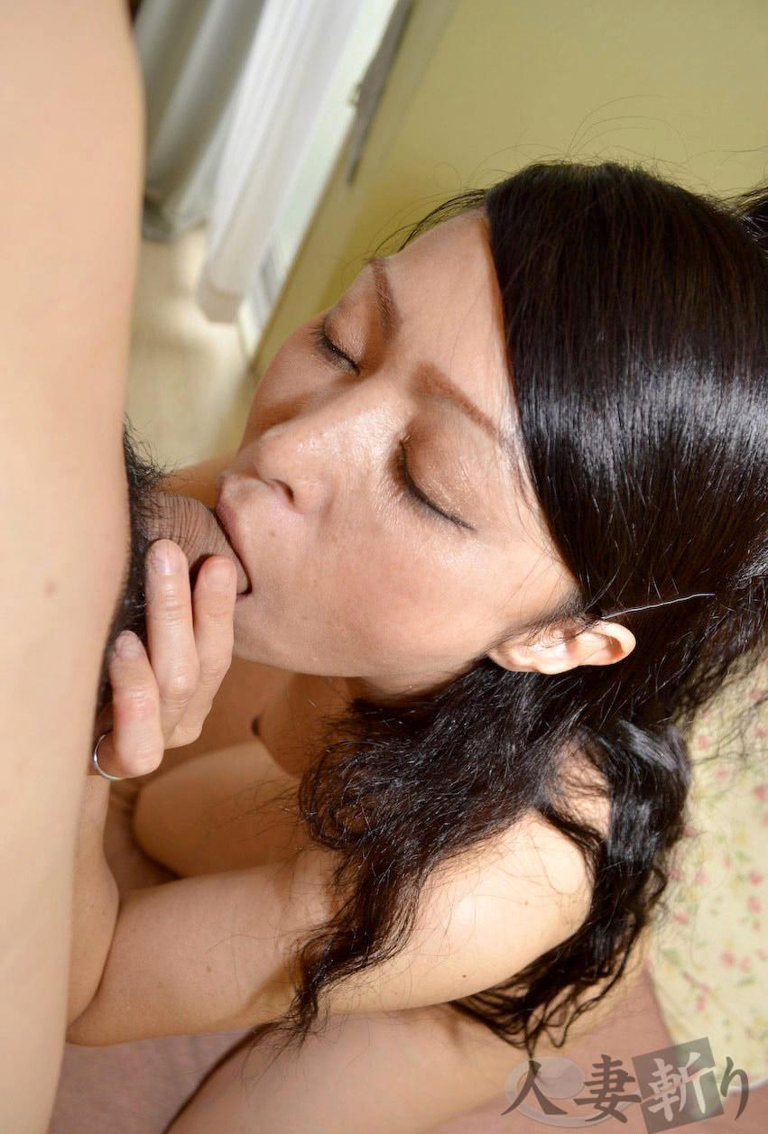 Казашка глубокий минет, в жопу мужа порно