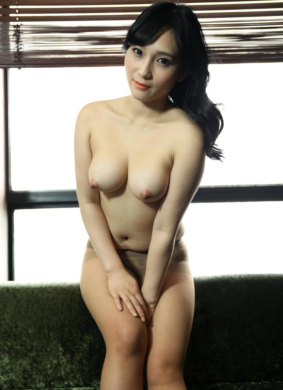 Bj Kim Amazingly Beautiful Blonde Haired Korean Girl (kim Ha Neul)